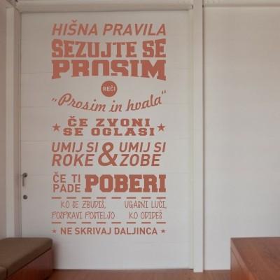 Stenska nalepka Hišna pravila